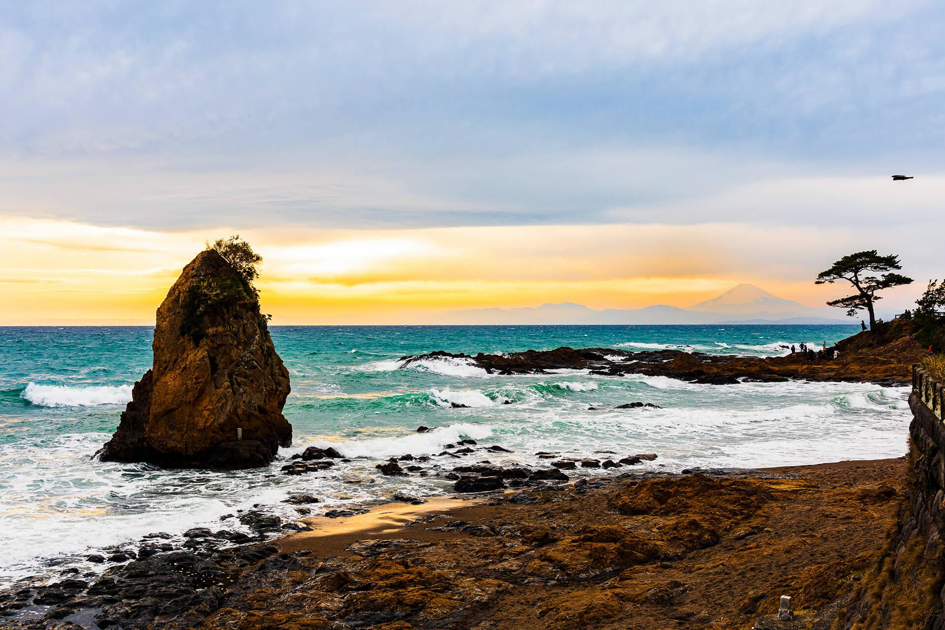 秋谷・立石海岸 観光スポット 横須賀市観光情報サイト ...